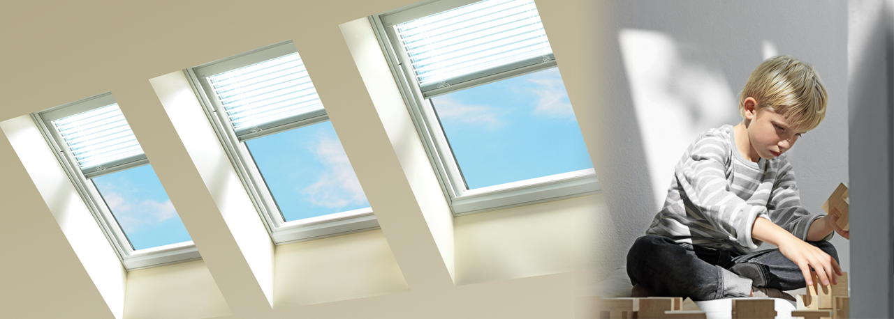 Velux venetian skylight blinds manual operation for How to clean velux skylights