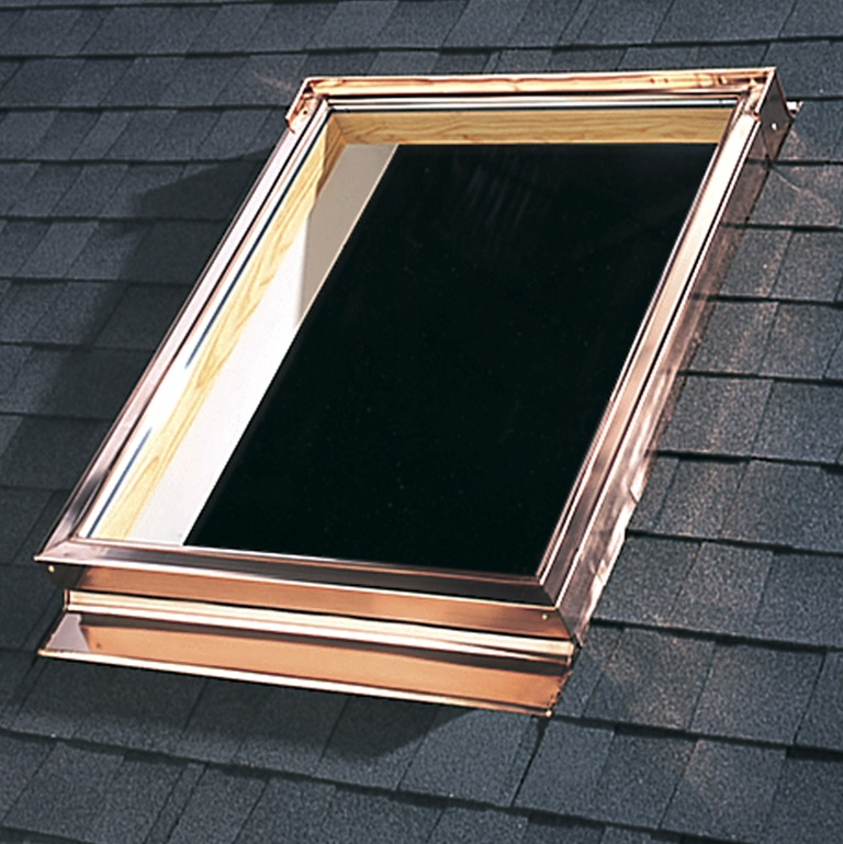 Velux skylight flashing systems for roofs deck and curb for Velux cladding kit