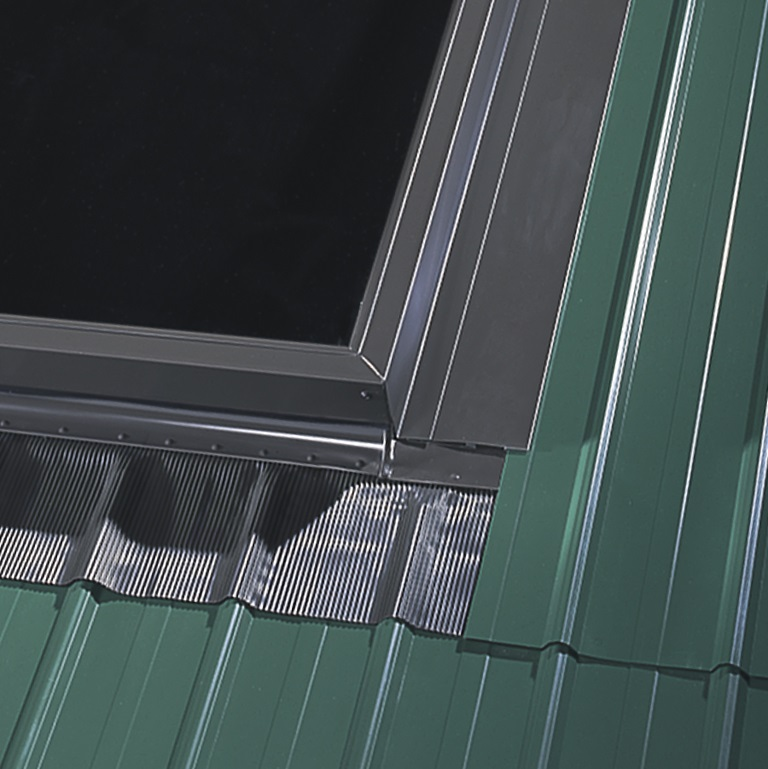 Metal roofing EDL skylight flashing kit